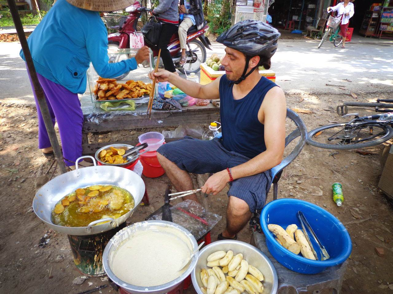 6 Popular Must Eat Foods at Mekong Delta Tours
